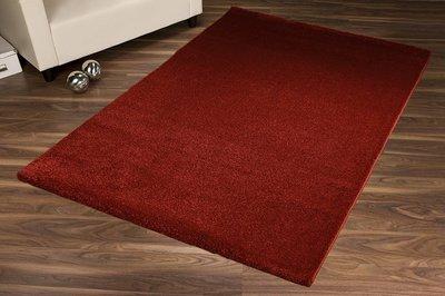 Effen vloerkleed Soraja kleur rood 010
